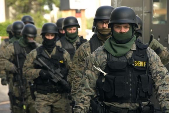 policemil1