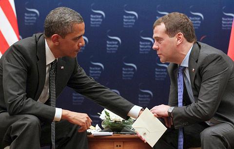 Obama-Medvedev-Shtukina-Ekaterina-NYT-120326